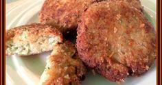 Suroviny: 1 kg cukety 200 g tvrdého sýra /eidam/ 2-3 vajíčka česnek,sůl,pepř,majoránka strouhanka na zahuštění a obalení olej na sma... Cooking Recipes, Healthy Recipes, Cooking Light, Pork, Food And Drink, Vegetarian, Lunch, Beef, Baking