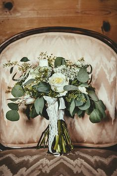 vintage bouquet with greenery http://www.weddingchicks.com/2014/02/18/vintage-beauty/