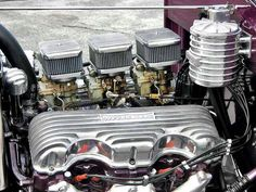 409 BB Chevy with Offenhauser valve covers. Motor in Al Liebman's Deuce Coupe. Air cleaners and Hildebrandt oil filter from www.obrientruckers.com