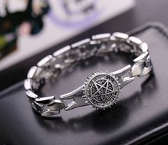 2016 Anime Black Butler Stainless steel Rotation Star Bracelets women Friendship Pulseras bracelet & Bangles men Silver Jewelry