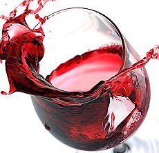 White wine is the answer. White Wine, Red Wine, In Vino Veritas, Wine Stains, Graphic Wallpaper, Wine Art, Kitchen Pictures, Cata, Wine Making