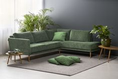 Vihreää viidakkotunnelmaa - mitä pidät?  Malli: Viola Vaihtoehdot: nojatuoli, 2- ja 3-istuttava sohva, avokulmasohva Jälleenmyyjä: Isku-myymälät  #pohjanmaan #pohjanmaankaluste  #koti #olohuone #sohva #sofa #livingroominspo #livingroomdecor  #sisustus #sisustusinspiraatio #finnishdesign #designfromfinland #nordicdesign #nordichome #nordicinspiration #scandinavianhome #scandinavianstyle