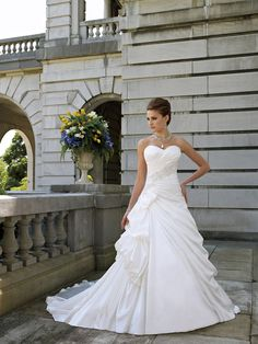 Strapless Satin Winter Wedding Dress with Sweetheart Neck and Pick-up Draped Skirt
