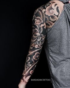 Tattoo portfolio by George Bardadim. 30 years of experience in Japanese style of tattooing all over the world ッNOW based in NYCッ Realistic Tattoo Sleeve, Egyptian Tattoo Sleeve, Tattoos Realistic, Leg Sleeve Tattoo, Best Sleeve Tattoos, Tattoo Sleeve Designs, Irezumi Tattoos, Forarm Tattoos, Leg Tattoos