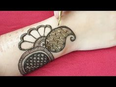 Full hand shaded mehndi design with Basic Arabic Shapes Arabic Henna Designs, Indian Mehndi Designs, Mehndi Designs For Beginners, Latest Mehndi Designs, Bridal Mehndi Designs, Mehndi Designs For Hands, Simple Mehndi Designs, Arabic Mehndi, Mehndi Design Pictures