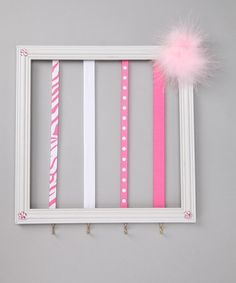 Cute hair bow hanger that I found on zulily, but could totally make it on your own- with matching colors to the room. baby-kid-ideas-for-my-future-mommy-to-be-moments