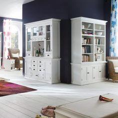 Smuk Hvid Vitrine i TOP Kvalitet   Halifax #halifax #interior #interiordesign #interiør #interiørdesign #interiørbutikkendk #indretning #bolig #boligindretning #vitrine #hvidvitrine Decor, Home, Bookcase, Corner Bookcase, Furniture, Shelves, Entryway