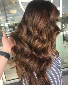 Chocolate Caramel vibes! . #miamibalayage #modernsalon #haircut #miami #allure #miamilife #hairlife #hairartist #americansalon #miamiart #artist #licensedtocreate #behindthechair #allaboutdahair #balayage #balayageandpainted #balayagehighlights #framar #modernsalon #miamihairstylist #stylistshopconnect #hairartist #haircolor #hairgoals #hairbrained #solinahair #miamistyle #miamiart #haircolor #hairartist