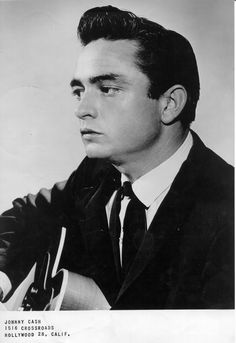 His own style on music, Johnny Cash Young Johnny Cash, Johnny E June, Johnny Cash June Carter, Arkansas, Tennessee, Elvis Presley, Rock And Roll, John Cash, Nashville