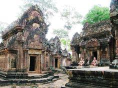 Bantley Srei temple, Cambodia