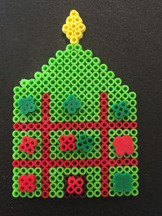 Christmas Tic Tac Toe using Perler beads