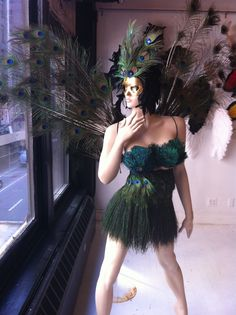 WOW! Great for a Masquerade Ball or Mardi Gras Party!