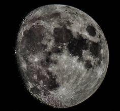 On instagram by yrlacharlotta  #astrophotography #metsuke (o)  http://ift.tt/1JrUyud  Tredje försöket att fota månen! Det är nästan fullmåne nu :) Third attempt at photographing the moon! It's almost a full moon now :)  #nexstar4se #moon #astronomy #nigthsky