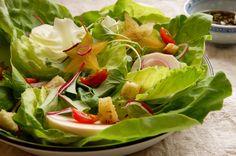 Saladas mistas e molhos para salada