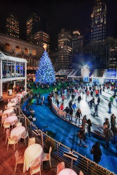 We're finally ready to strap on our skates and head to our personal favorite rink, the pond at Bryant Park.