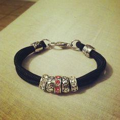 Pandora inspired charm paracord bracelet by MJjewelryjunkie.