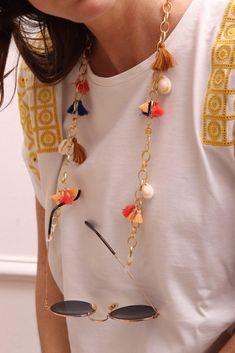 Diy Glasses, Diy Collier, Beaded Jewelry, Beaded Bracelets, Diy Necklace, Jewelry Patterns, Jewelery, Summer, Diy Accessories
