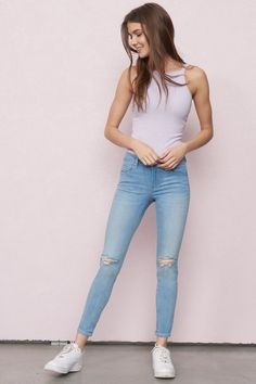 Your other jeans will be jealous Capri Blue High Waist Ankle Jegging Basic Outfits, Trendy Outfits, Trendy Fashion, Girl Fashion, Cool Outfits, Fashion Outfits, Womens Fashion, Fashion Ideas, Superenge Jeans