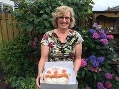 ReBo Nieuws: de taart van de week gaat naar......... Elizabeth van de Ben