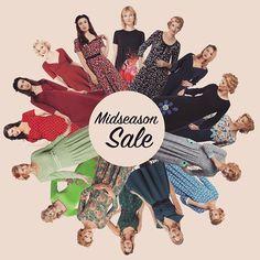 Kæmpe stort Mid-Season-Sale hos Mustus ❤️Følg linket i Bio, og kom foråret i møde med en af vores skønne kjoler. 💋 #mustus #tilbud #sale #højthumør #farver #smil #vintage #tøj #inspiration #svendborg