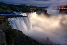 Niagara Falls- Sunset by Wolfgang Staudt, via Flickr
