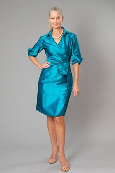 A Living Silk Classic wrap dress with sleeves for the modern and elegant mother of the bride and mother of the groom.  Perfect for Spring/ Summer,  beach, country, rustic, garden, cocktail and formal weddings.  For plus size ladies, all of our garments can be made to measure | Mother of the Bride / Groom Dresses #livingsilk #motherofthebridedresses #motherofthegroomdresses #puresilk #celebrateinsilk #weddingideas