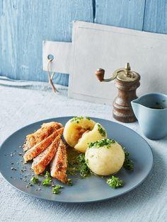"""Gekochte Kartoffelknödel """" Spessarter Art """", ein schönes Rezept aus der Kategorie Kochen. Bewertungen: 76. Durchschnitt: Ø 4,7."""