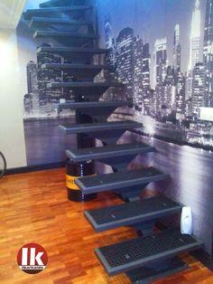 Escalera interior de diseño, de estilo neoyorquino