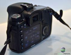 Rückseite mit Display Walkie Talkie, Canon Eos, Electronics, Bags, Reflex Camera, Handbags, Dime Bags, Totes, Hand Bags