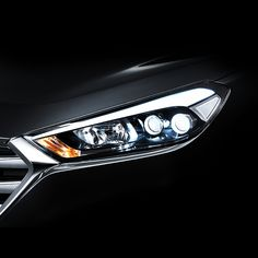 사진 속 헤드라이트는 어떤 차종일까요? 정답은 오후에 공개됩니다! What kind of cars are the headlights in this picture? Open the answer this afternoon!