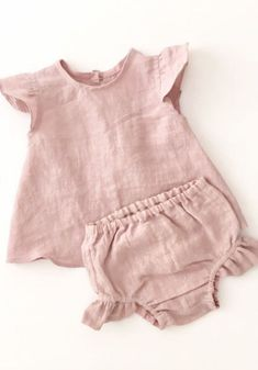 Pretty Handmade Dusty Pink Linen Baby Blouse & Bloomers | moonroomkids on Etsy