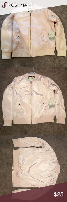 Dusty pink jacket NWT- Dusty Pink 100% polyester large Ci Somo jacket. Beautiful with gold zipper and front pockets. Has gold zipper on left arm. Excellent condition! Ci Sono Jackets & Coats