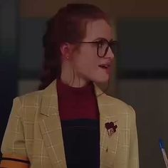 Madelaine Petsch, Riverdale Gifs, Riverdale Funny, Cheryl Blossom Riverdale, Riverdale Cheryl, Alisson Teen Wolf, Cheryl Blossom Aesthetic, Riverdale Betty And Jughead, Riverdale Aesthetic