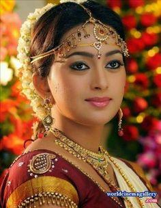 Indian Bridal Makeup, Indian Bridal Fashion, Bridal Beauty, Wedding Beauty, Wedding Bride, Wedding Dresses, Beautiful Girl In India, Most Beautiful Indian Actress, Beautiful Girl Image