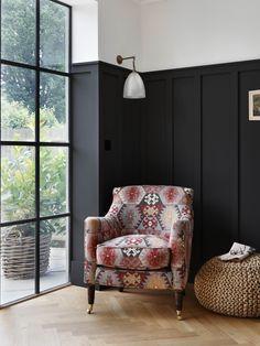 Home Interior Inspiration .Home Interior Inspiration Black Wainscoting, Wainscoting Bedroom, Wainscoting Styles, Wainscoting Kitchen, Wainscoting Height, Painted Wainscoting, Wainscoting Panels, Home Interior, Interior Design