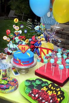 Super hero dessert table