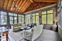 Luxury Cottage for Rent on Skeleton Lake, Muskoka near Rosseau Ontario (Cottage #152) pale colours in screened room