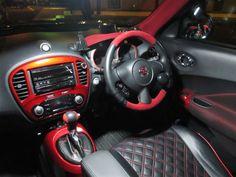 car interior Nissan Juke