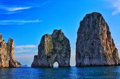 Through the eye of the needle, Capri
