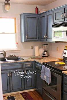 In the interest of doing Pinterest on a budget, I searched non tile backsplash. Tile is great but it a little more expensive and a little harder to do yourself.…
