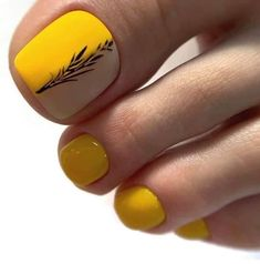 stylish and delicate toenails design example - Page 97 of 100 - Inspiration Diary Yellow Toe Nails, Toe Nail Color, Toe Nail Art, Nail Colors, Pedicure Designs, Pedicure Nail Art, Toe Nail Designs, Manicure Ideas, Diy Nails