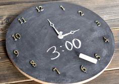Chalkboard learning clock