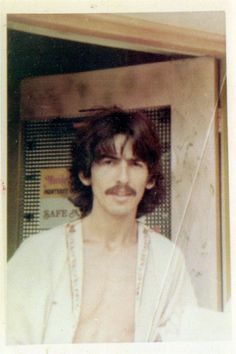 Photo taken by Pattie Emerson in 1967. Pattie was a 14 year old fan who knocked on George's door and was given an orange soda by him while he chatting and signed autographs for her.