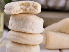 Bizcochitos salados para el mate Healthy Cooking, Cooking Tips, Argentina Food, Argentina Recipes, Kiss The Cook, Sweet Bread, Scones, I Foods, Baked Goods
