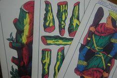 Gli arcani Minori dei Tarocchi corrispondono al mazzo delle carte Napoletane. Il seme di Bastoni trova delle corrispondenze con il seme d...