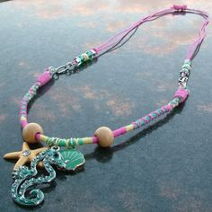 Here's a new look combining a friendship bracelet with macramé for an adjustable necklace.