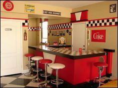 bedroom ideas - theme decor - retro decorating style - diner - party decorations - 1950 bedding - retro diner furniture - Elvis Presley - booth dinette decor - Rock and Roll - retro home decor - retro kitchen - theme 50s Decor, Diner Decor, Kitchen Decor Themes, Retro Home Decor, Kitchen Ideas, 1950 Diner, Retro Diner, Diner Party, 50s Diner Kitchen