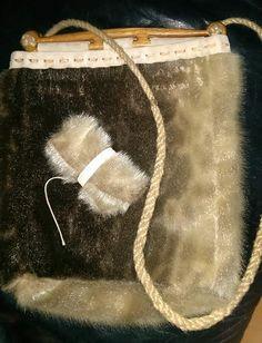 Haithabu Tasche Seehundfell, eign. Herstellung