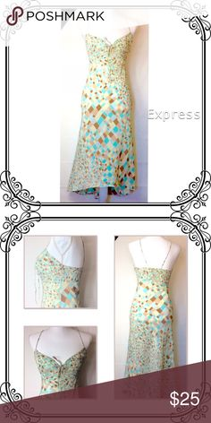 Express Dress Non stretch // side zip // excellent like new condition // 100% polyester Express Dresses High Low