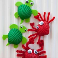 Cute Crabs Crafts, a great Beach Crafts for Kids. Perfect project for Spring Under The Sea Crafts for Kids shell crabsMake adorable crab art projects with little kids using seashells.Beach Crafts for Kids Materials: Shell, acrylic orange soda pop Crab Crafts, Vbs Crafts, Camping Crafts, Preschool Crafts, Diy And Crafts, Magnets Crafts, Kids Magnets, Creative Crafts, Beach Themed Crafts